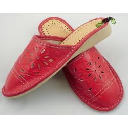 f7e86965b4558 Damskie skórzane rozmiar 40 klapki kapcie ciapy laczki góralskie łapcie  pantofle domowe zakryte palce