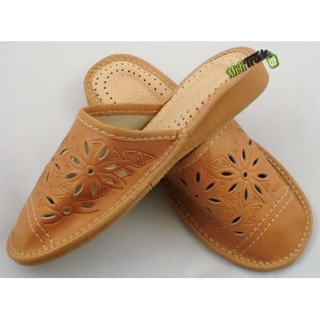 Damskie skórzane rozmiar 40 klapki kapcie ciapy laczki góralskie łapcie pantofle domowe zakryte palce