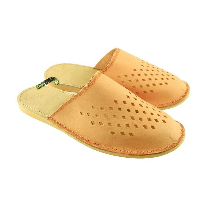 5fd5ccb8bbbcb Damskie skórzane rozmiar 40 klapki kapcie ciapy laczki góralskie pantofle  papcie łapcie domowe zakryte palce ...