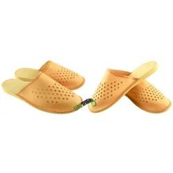 Damskie skórzane rozmiar 40 klapki kapcie ciapy laczki góralskie pantofle papcie łapcie domowe zakryte palce