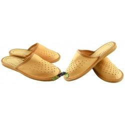Chłopięce skórzane rozmiar 38 klapki kapcie ciapy laczki pantofle młodzieżowe góralskie łapcie papcie domowe zakryte palce