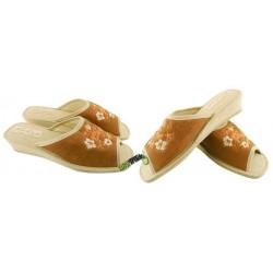 METEOR damskie na koturnie rozmiar 37 klapki kapcie ciapy pantofle laczki domowe materiałowe odkryte palce