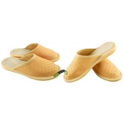 Chłopięce skórzane rozmiar 34 klapki kapcie ciapy laczki pantofle domowe góralskie papcie łapcie zakryte palce DOK021